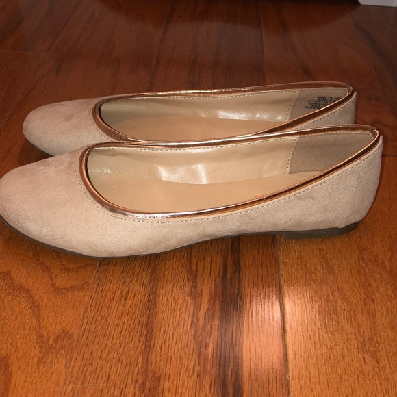 LC Lauren Conrad Shoes   Lc Lauren Conrad Teal Flats In M